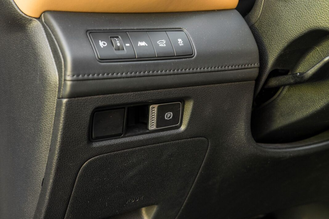 Hyundai Santa Fe - hamulec ręczny