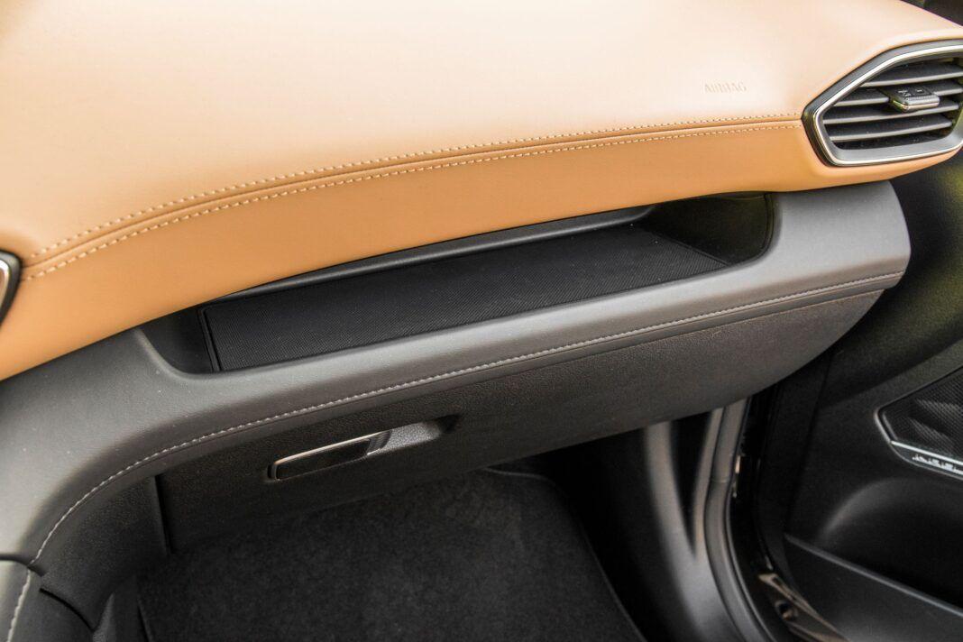 Hyundai Santa Fe - półka