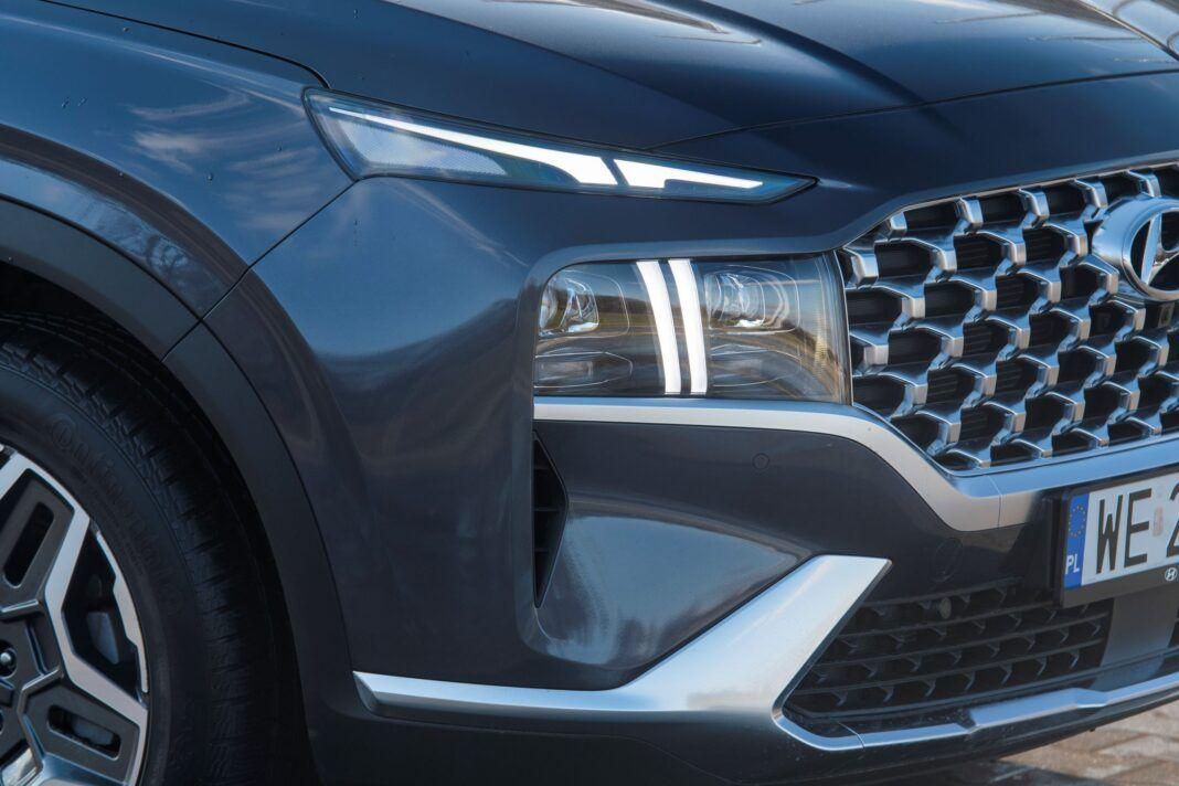 Hyundai Santa Fe - swiatła