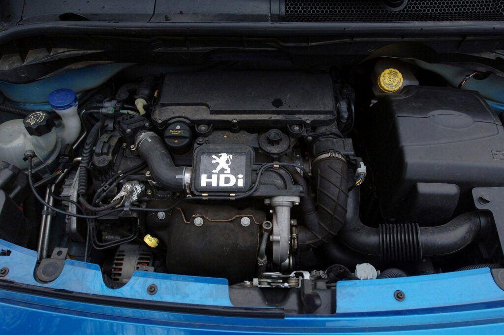 Peugeot 1007 silnik