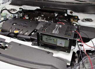 Jaki prostownik samochodowy wybrać? Jak podłączyć go do akumulatora?