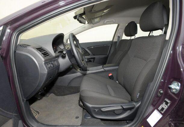 Toyota Avensis III fotel kierowcy