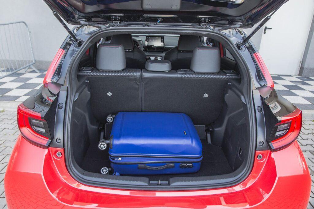 Toyota Yaris - bagaznik
