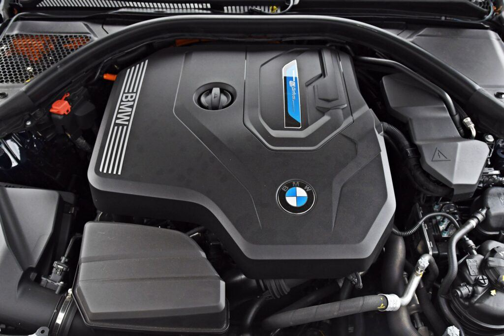 BMW serii 3 Limuzyna - silnik