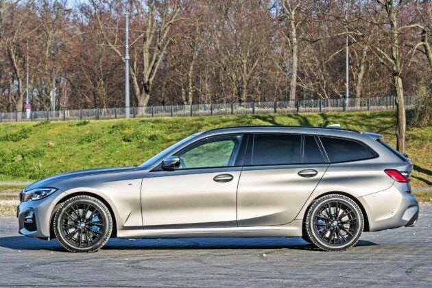 BMW serii 3 Touring - bok