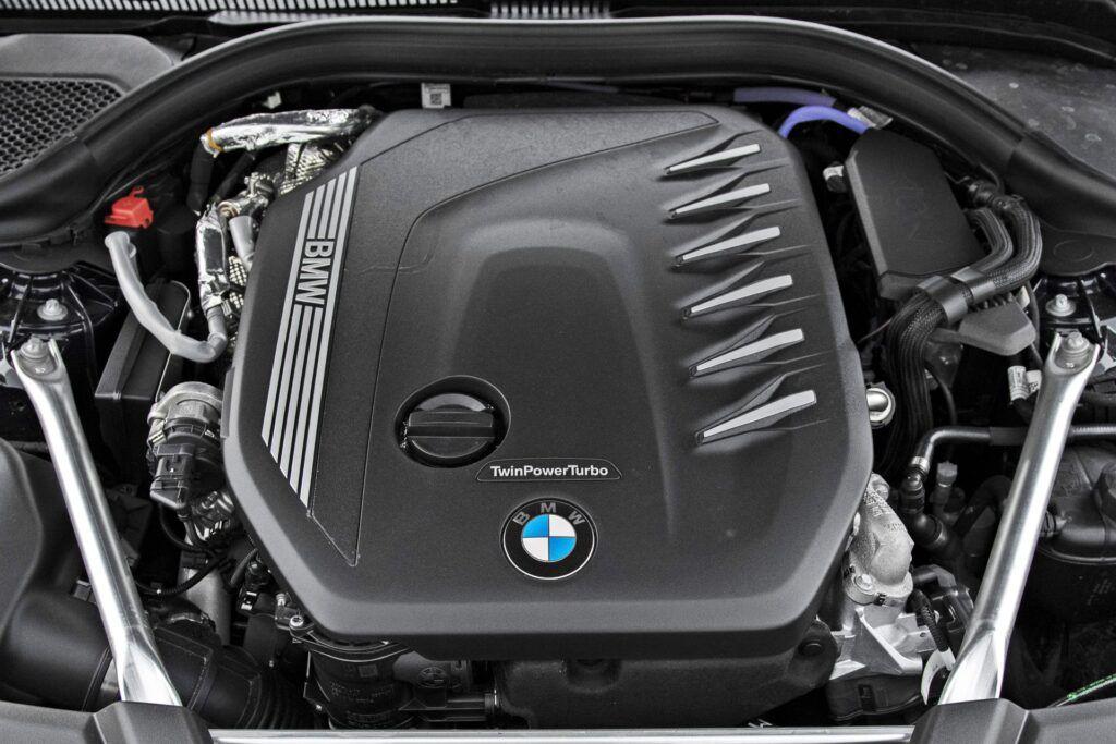 BMW serii 5 Limuzyna - silnik
