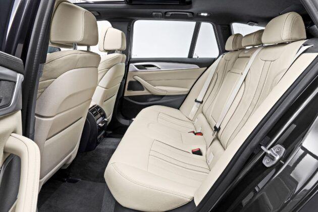 BMW serii 5 Touring - tylna kanapa