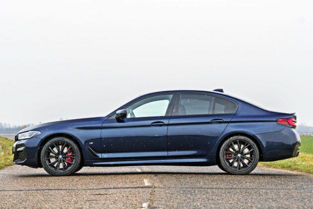 BMW serii 5 Limuzyna - bok
