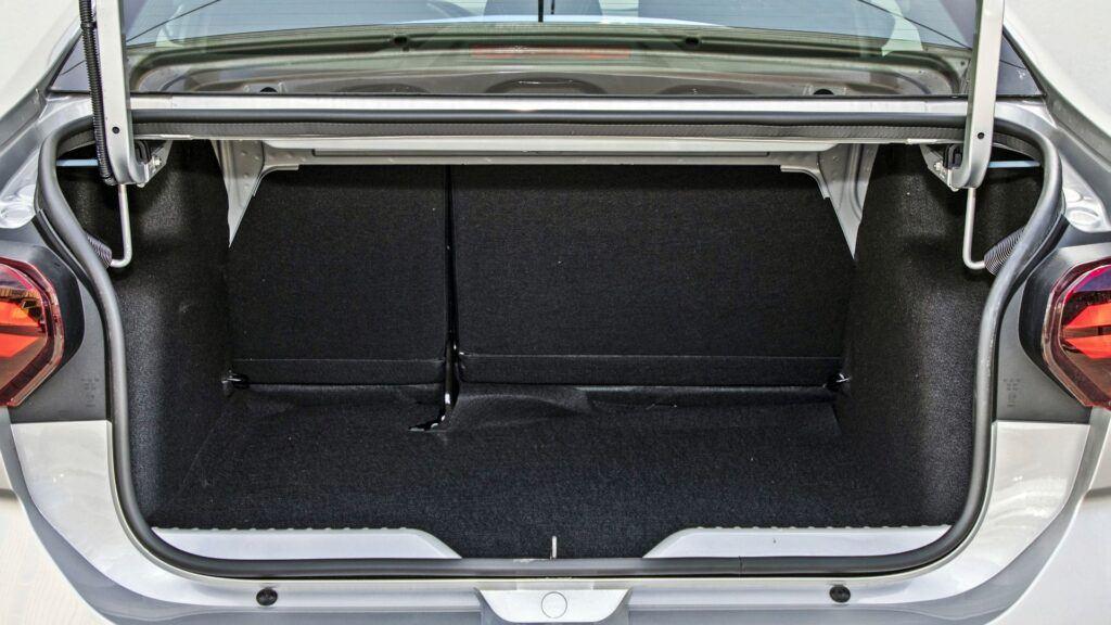 Dacia Logan - bagażnik