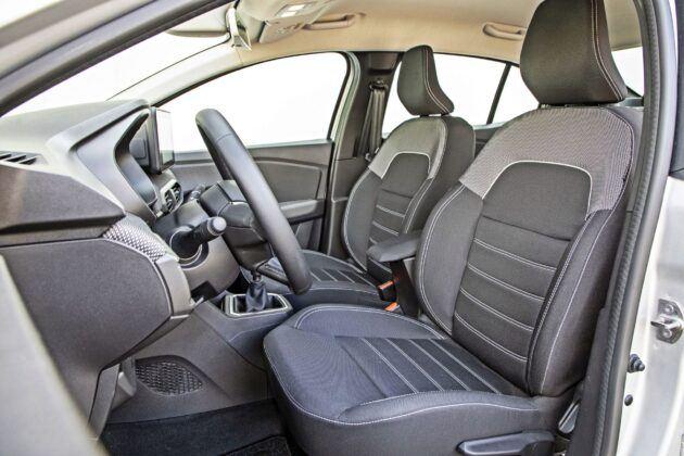 Dacia Logan - fotele przednie
