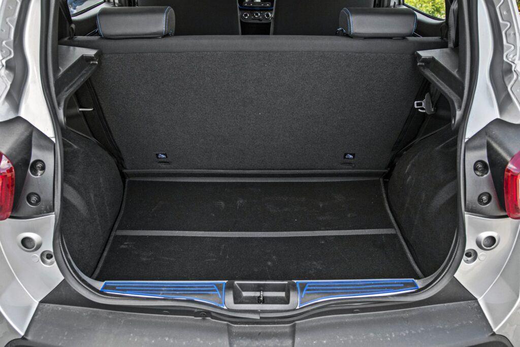 Dacia Spring - bagażnik