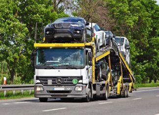 Import aut używanych mocno w górę. Dane za marzec