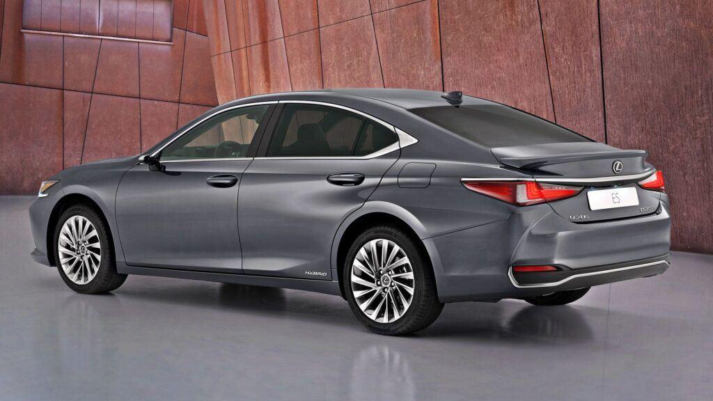 Lexus ES - tył