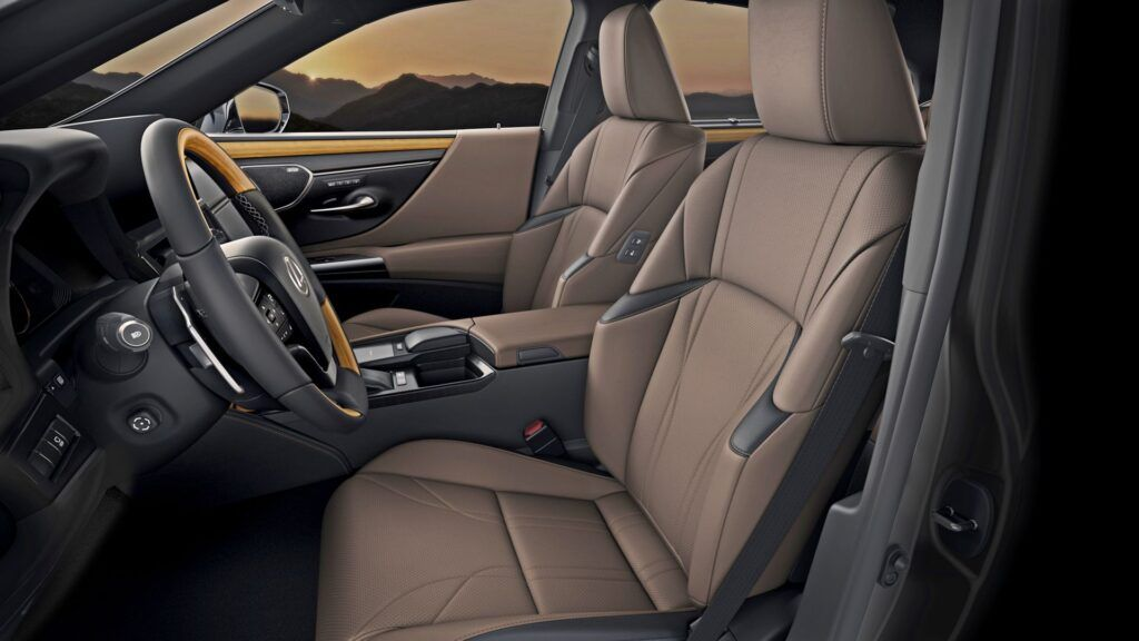 Lexus ES - fotele przednie