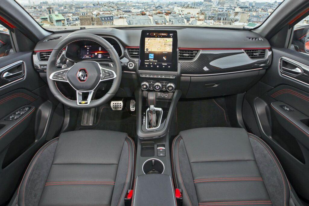 Renault Arkana - wnętrze