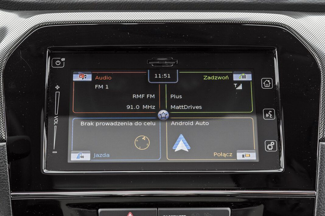 Suzuki Vitara - system multimedialny