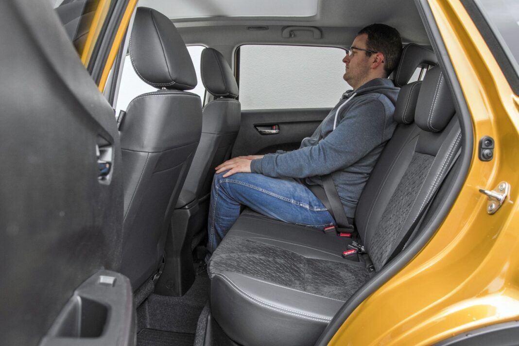 Suzuki Vitara - tylna kanapa