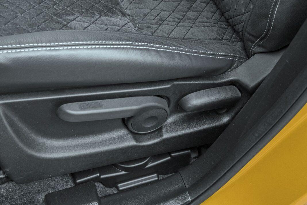 Suzuki Vitara - regulacja fotela
