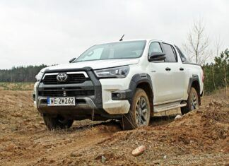 Nowa Toyota Hilux 2.8 D-4D Invincible – pierwsze wrażenia z jazdy