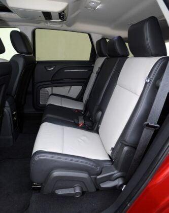 Dodge Journey kanapa