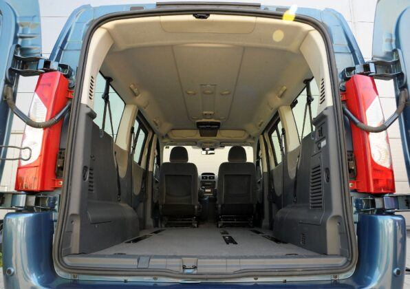 Fiat Scudo Citroen Jumpy Peugeot Expert bagażnik