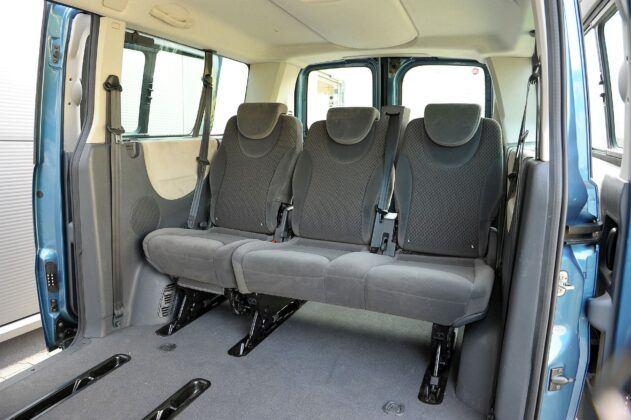 FIAT Scudo II Panorama 2.0MultiJet 163KM 6MT 8-os SB9839F 07-2012