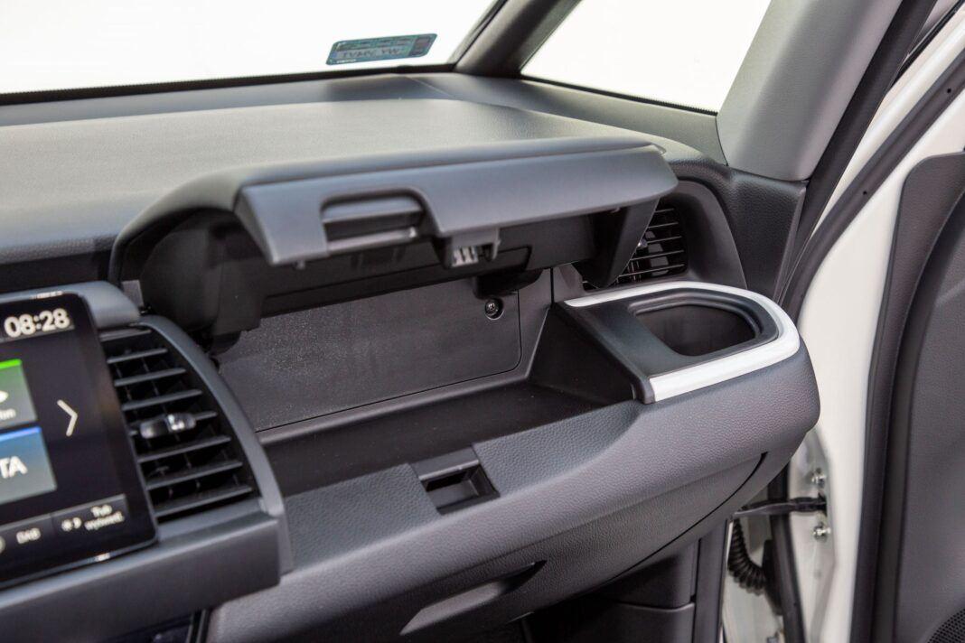Honda Jazz - schowek