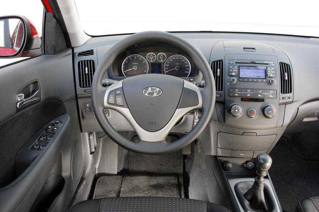 Hyundai i30 I deska rozdzielcza