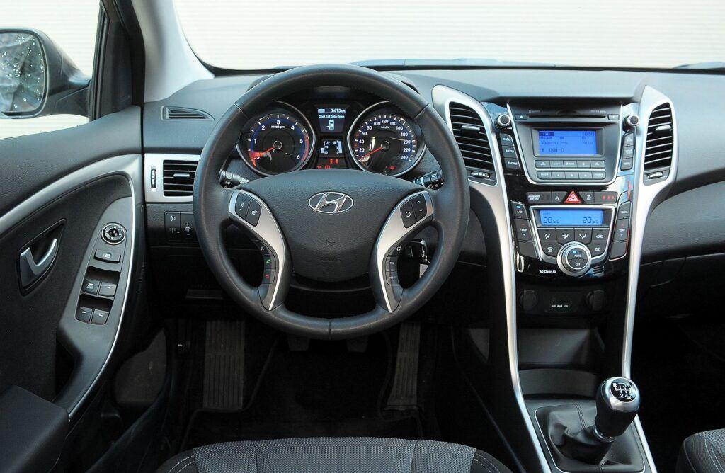 Hyundai i30 II deska rozdzielcza