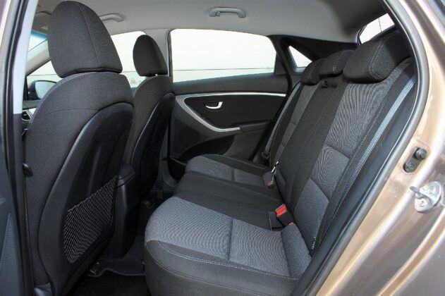 Hyundai i30 II kanapa