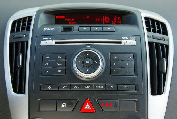Kia Cee'd I radio