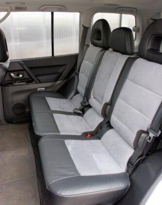 Mitsubishi Pajero III kanapa