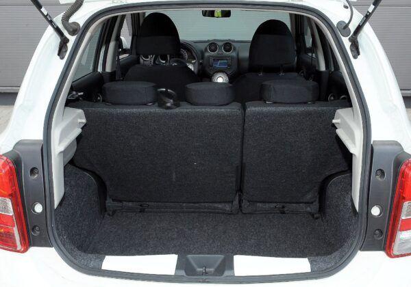 Nissan Micra K13 bagażnik