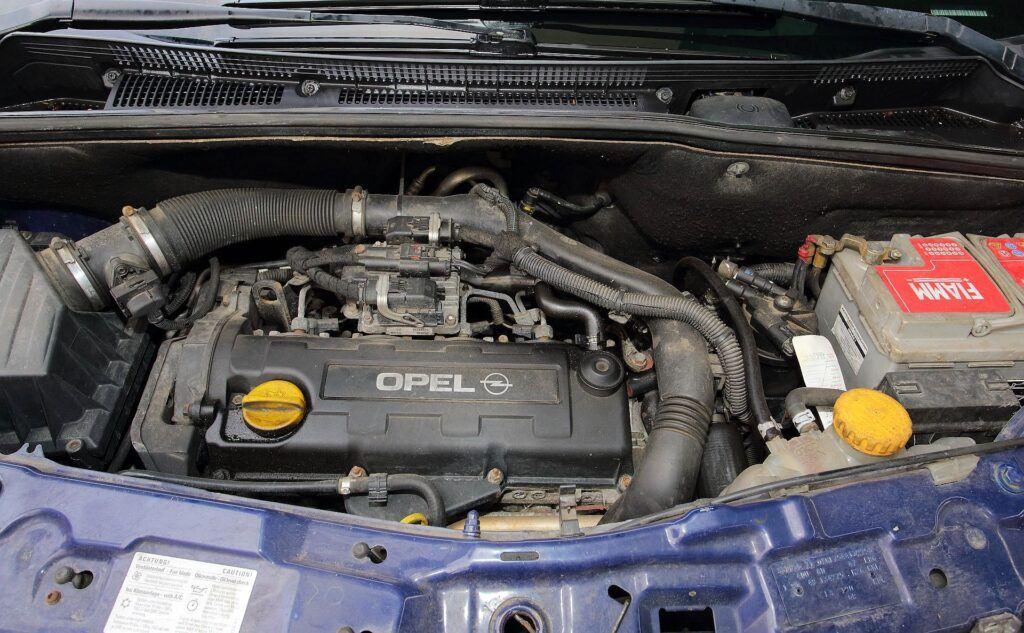 Opel Meriva A silnik