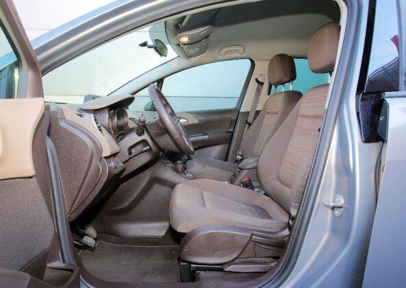 Opel Meriva B fotel kierowcy