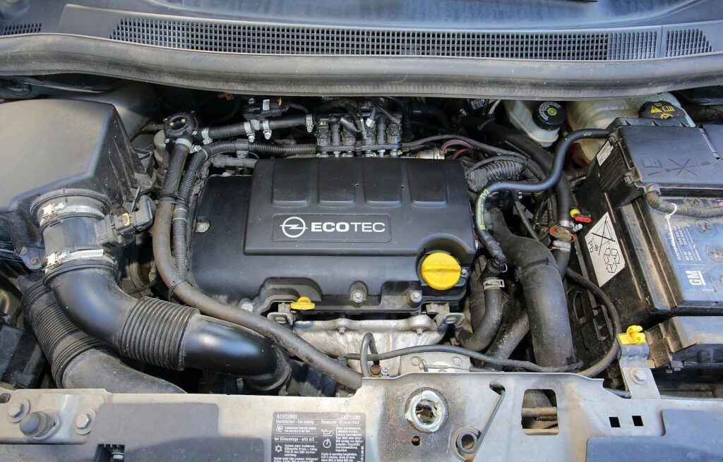 Opel Meriva B silnik