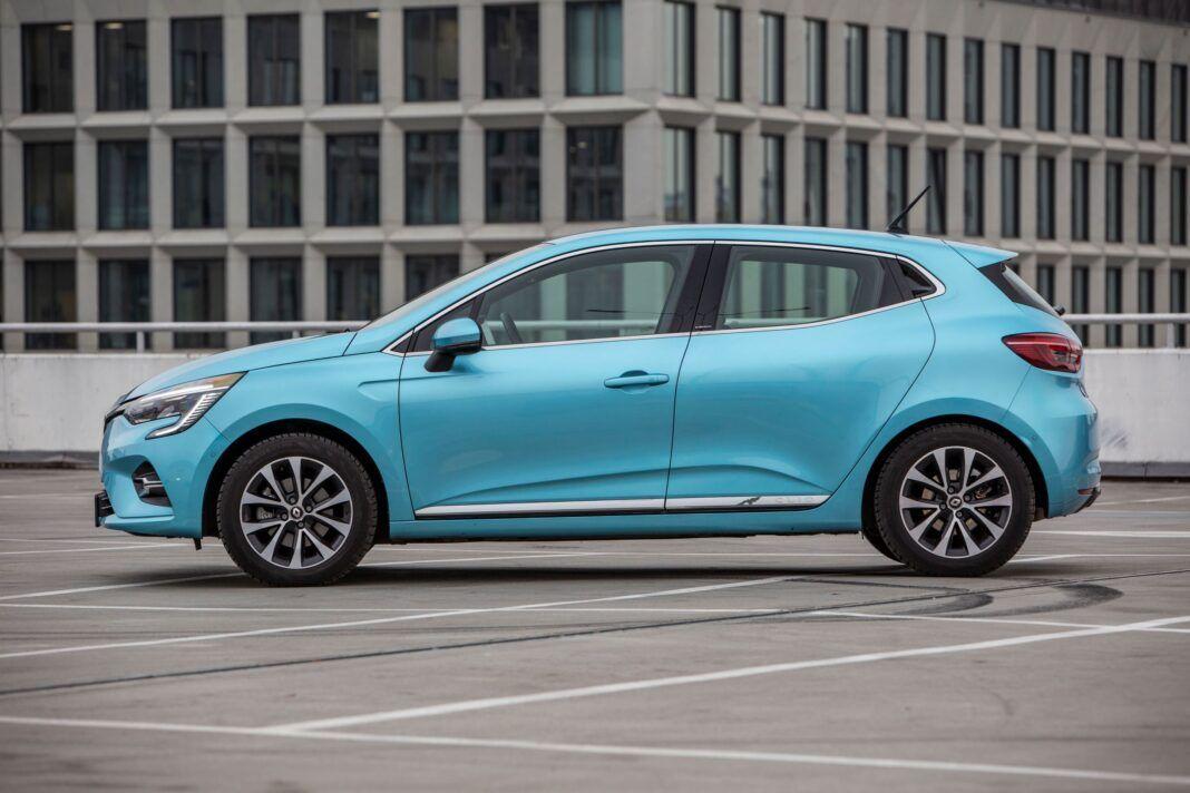 Renault Clio - bok