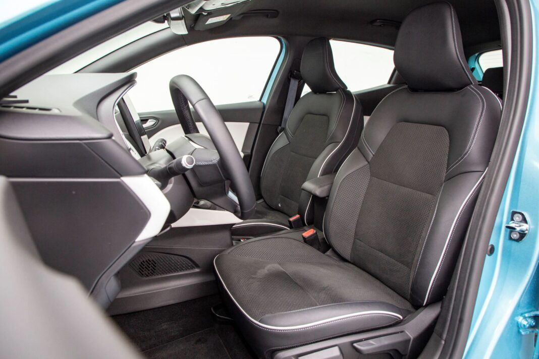 Renault Clio - fotele