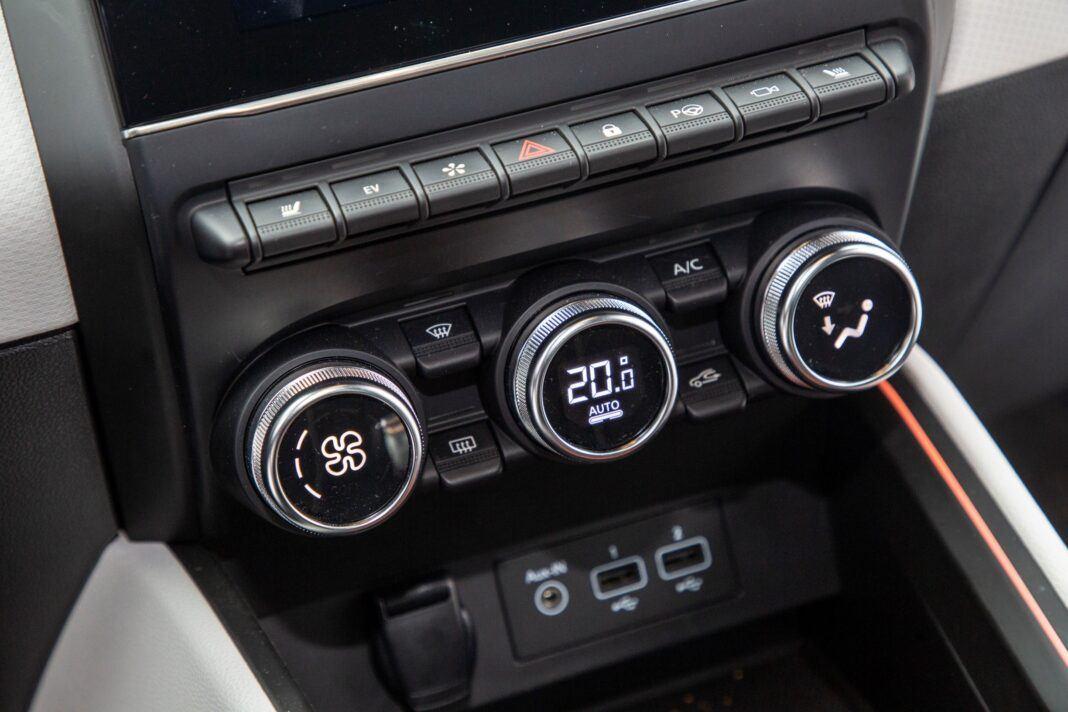 Renault Clio - klimatyzacja