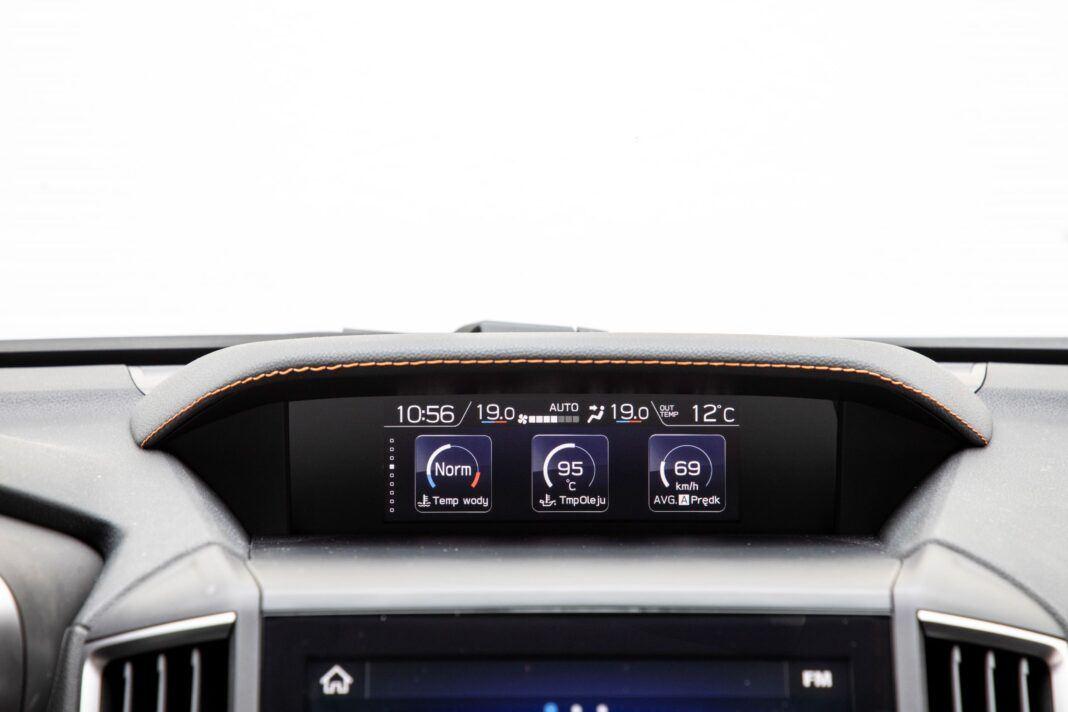 Subaru XV - ekran