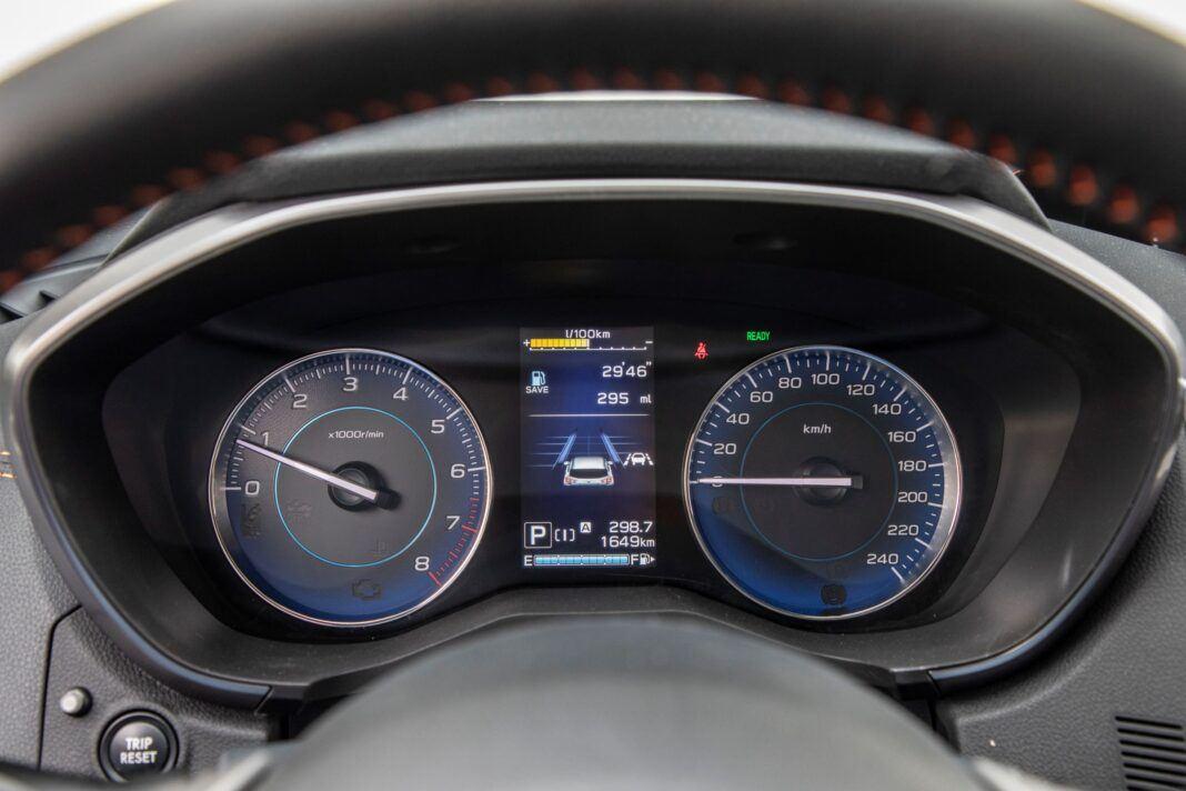 Subaru XV - zegary