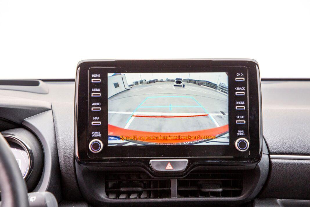 Toyota Yaris - ekran