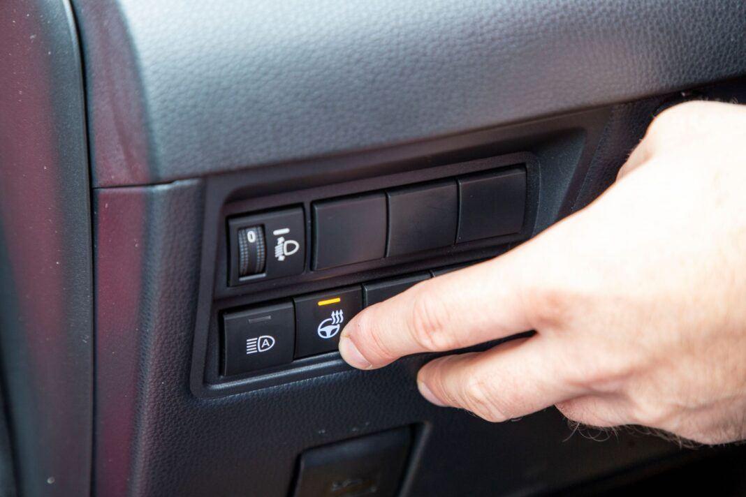 Toyota Yaris - ogrzewanie kierownicy