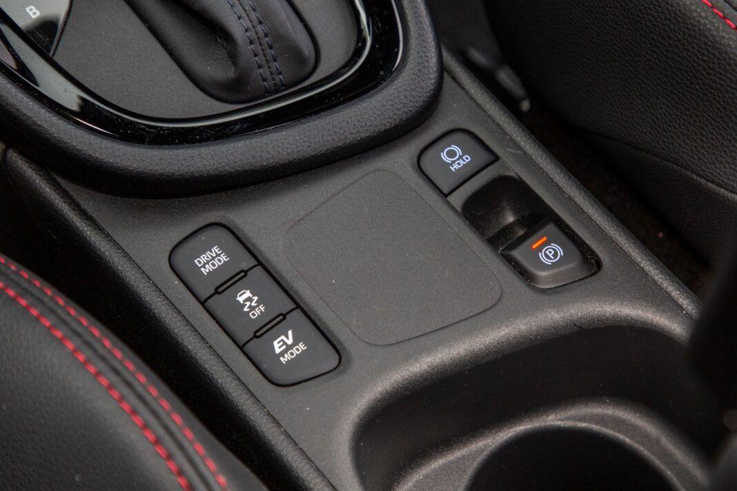 Toyota Yaris - przyciski
