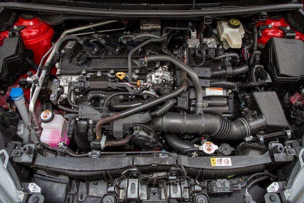 Toyota Yaris - silnik