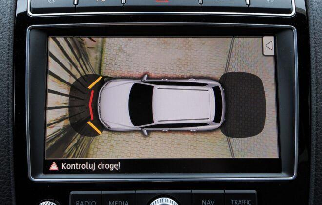Volkswagen Touareg II kamera cofania