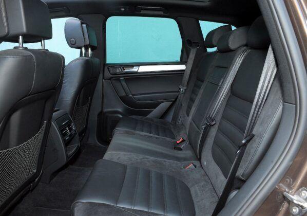 Volkswagen Touareg II kanapa