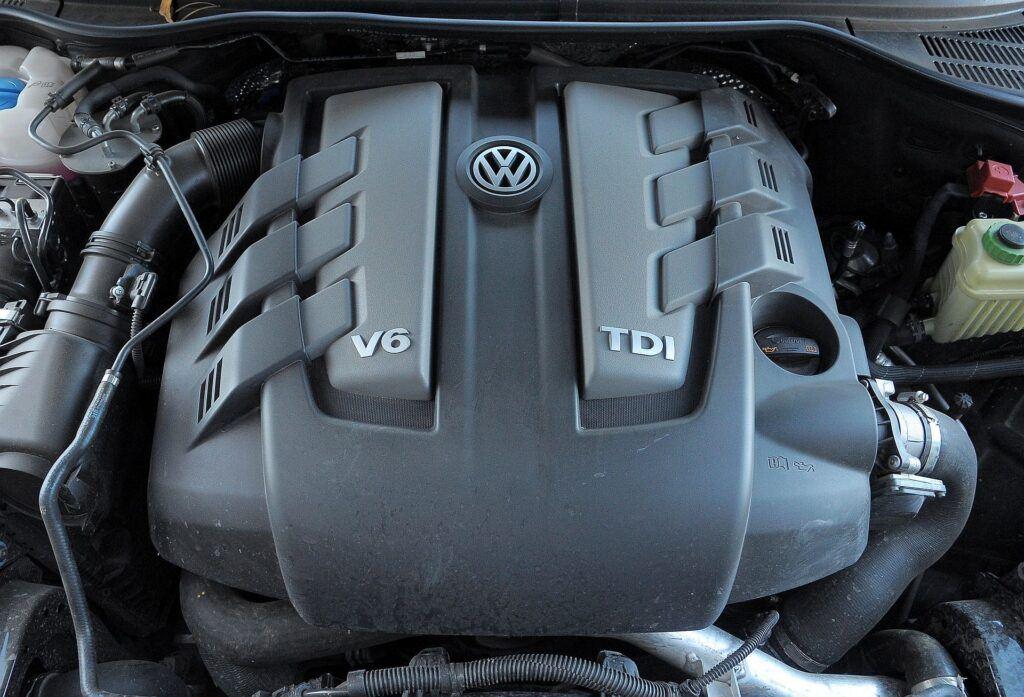 Volkswagen Touareg II silnik