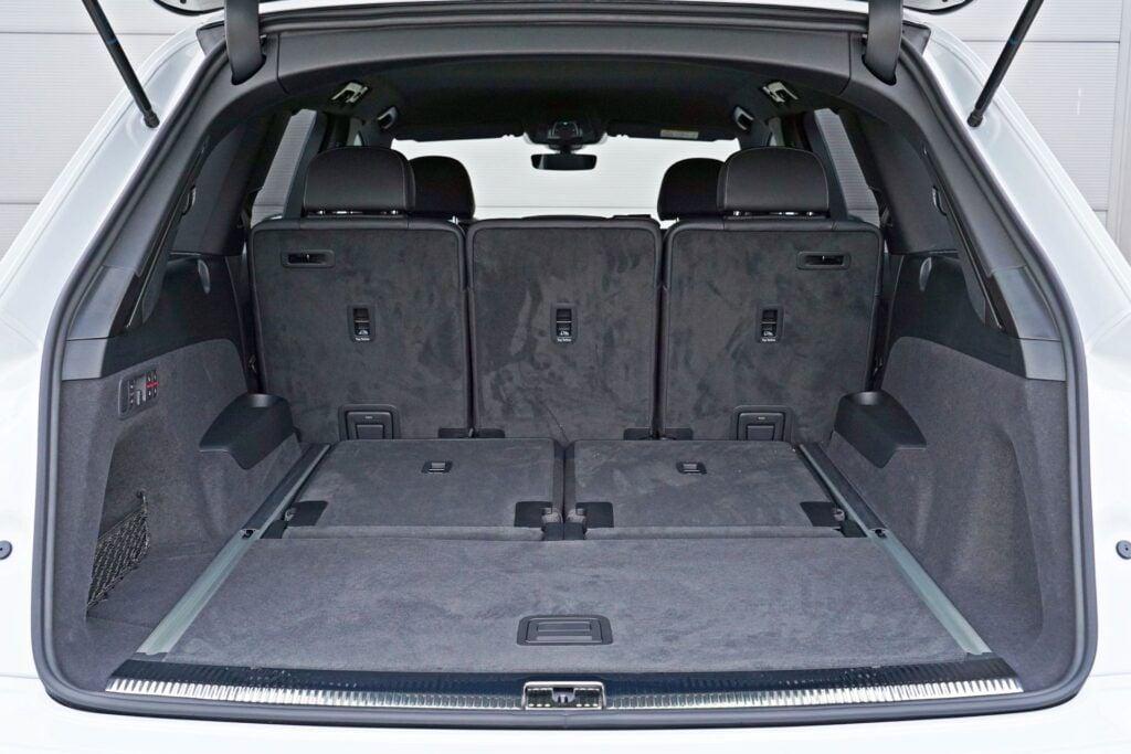 Audi Q7 - bagażnik