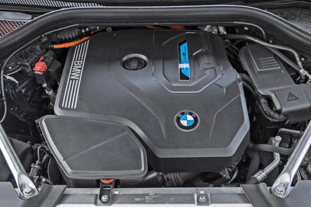 BMW X3 - silnik
